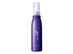 Увлажняющая спрей для восстановления волос Daeng Gi Meo Ri Vitalizing Hair Essence 100 ml